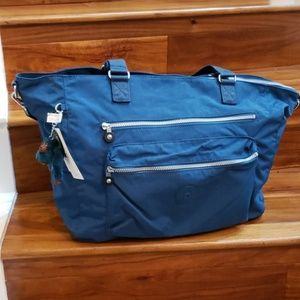 NWT kipling ISAAC Large Tote/Carry-on